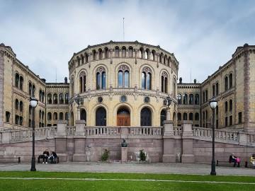 世界最大級の公的年金ノルウェーGPFG、不動産へのアセットアローケーションを15%へ拡大提言